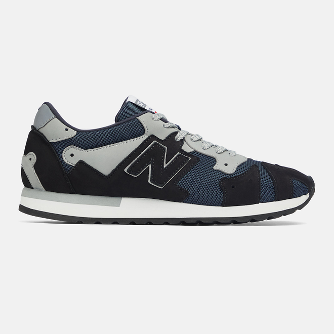 New Balance MADE IN UK R770 - Navy with Grey