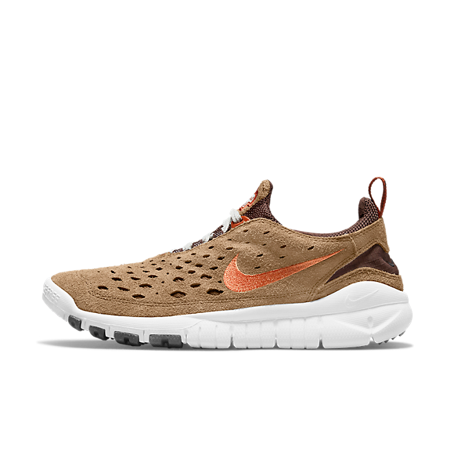 Nike Free Run Trail 'Dark Driftwoord' zijaanzicht