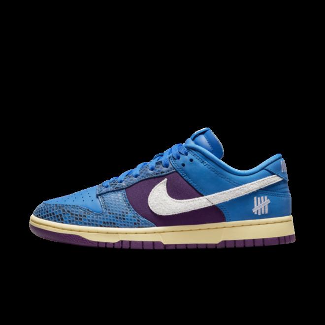 UNDFTD X Nike Dunk Low '5 On It' zijaanzicht