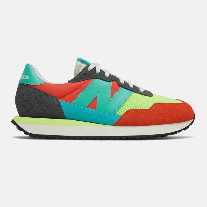 New Balance 237 - Magnet with Ghost Pepper