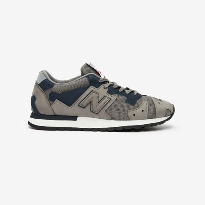 New Balance R770