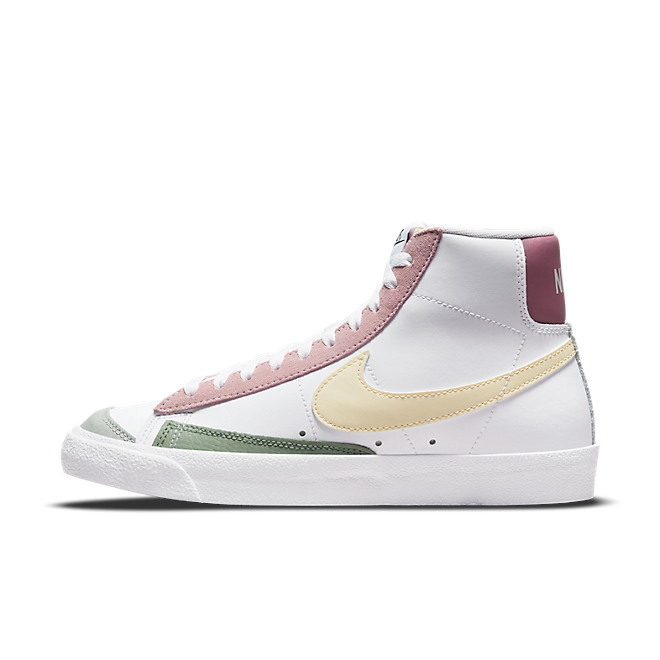 Nike Blazer Mid '77 DN5052-100