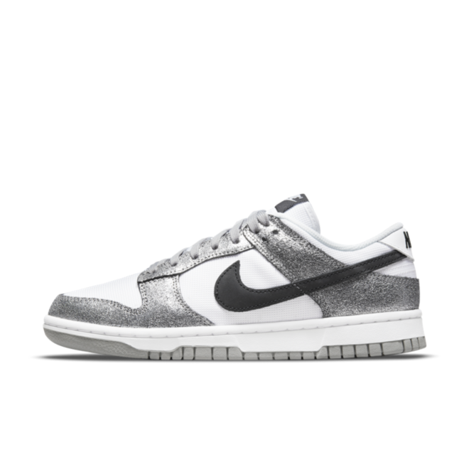 Nike Dunk Low 'Silver Leather' DO5882-001