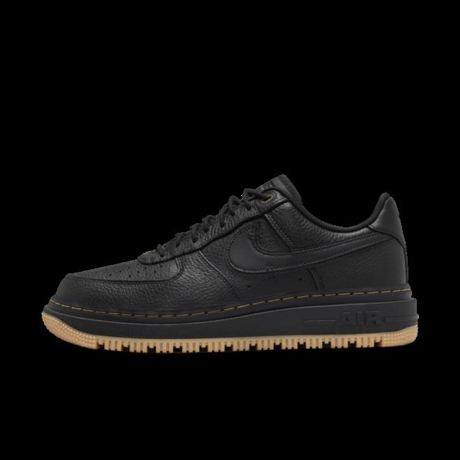 Nike Air Force 1 Low Luxe 'Black' zijaanzicht