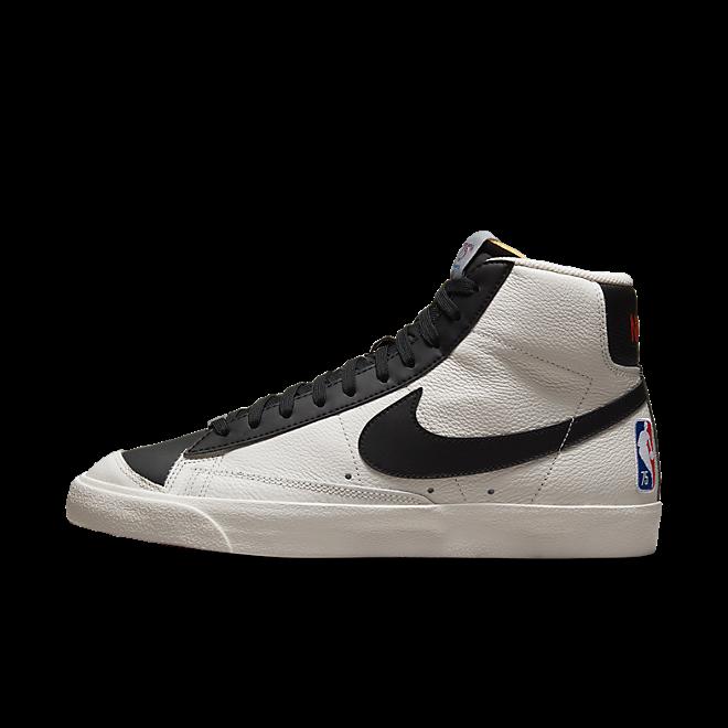 Nike Blazer Mid '77 EMB