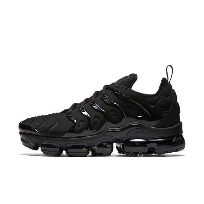 "Nike Air VaporMax Plus ""Triple Black"""