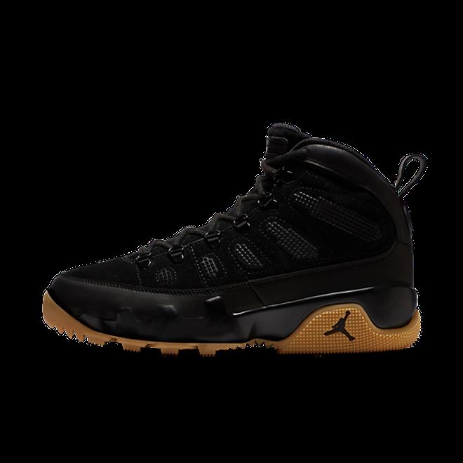 Air Jordan 9 Retro Boot NRG Black Gum zijaanzicht
