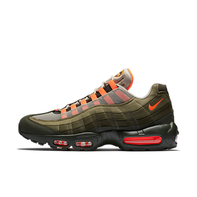 Nike Air Max 95 'Olive/Orange' zijaanzicht