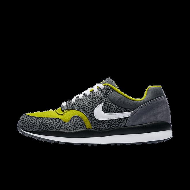Nike Air Safari SE zijaanzicht