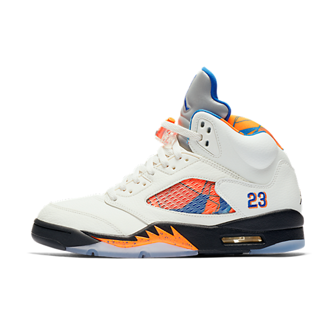 Air Jordan 5 International Flight zijaanzicht