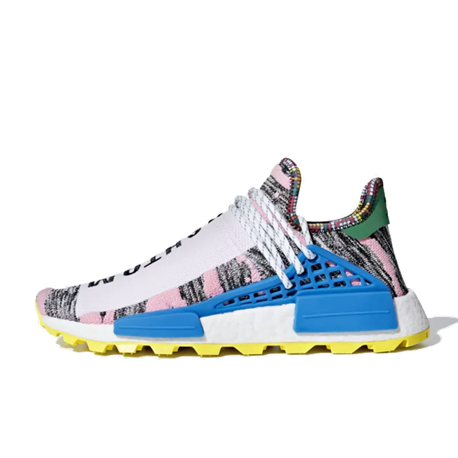 Pharrell x adidas NMD Hu Tr zijaanzicht