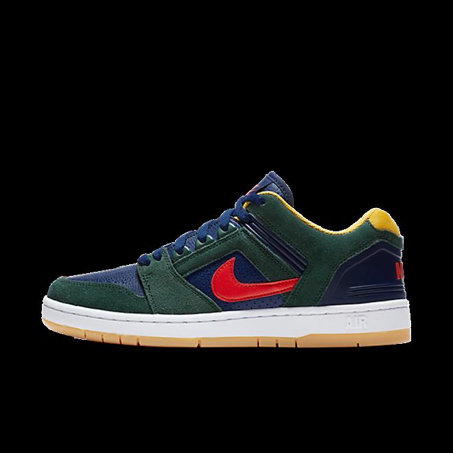 """Nike SB Air Force II Low """"Midnight Green"""" zijaanzicht"""