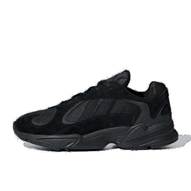 adidas Originals Yung-1 'Triple Black' zijaanzicht