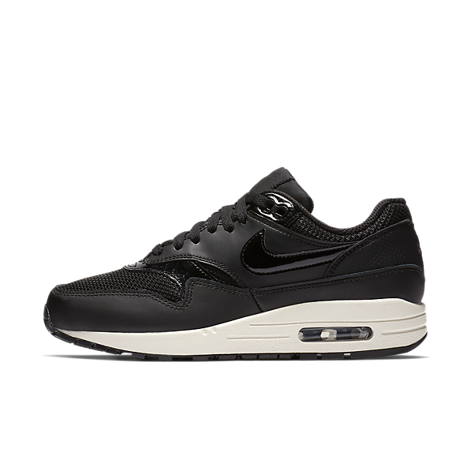 Nike WMNS Air Max 1 'Black Pattent' zijaanzicht