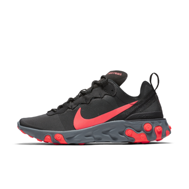 Nike WMNS React Element 55 'Solar Red' zijaanzicht