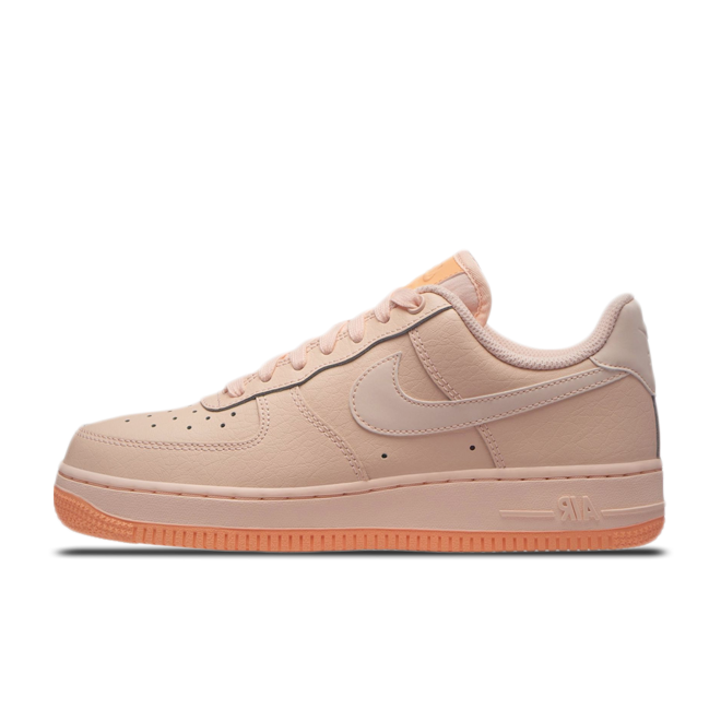 Nike WMNS Air Force 1 '07 Essential 'Tint'