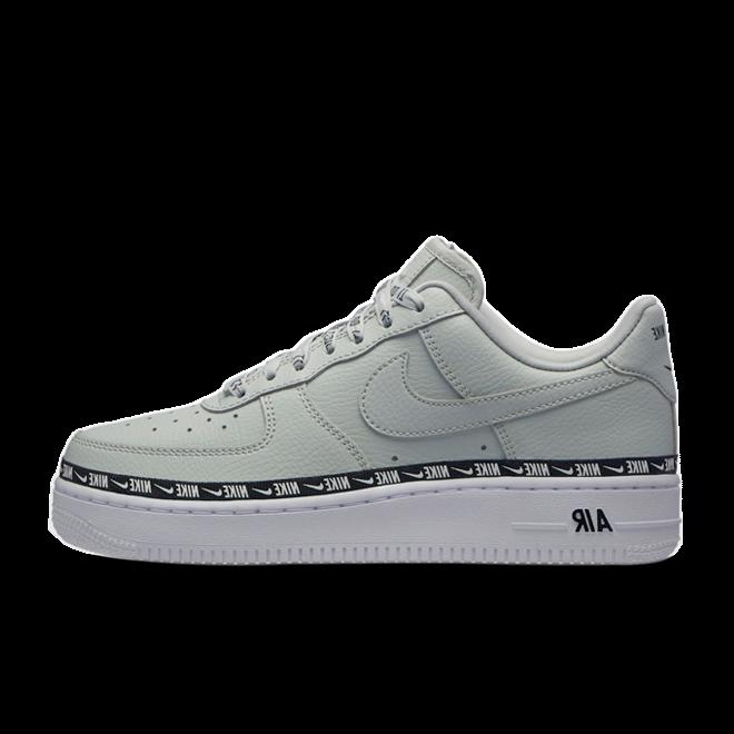 Nike Wmns Air Force 1 '07 Premium | Black | 896185 003