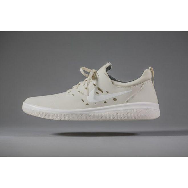 Nike SB Nyjah Free Beach | AA4272 200 | Sneakerjagers