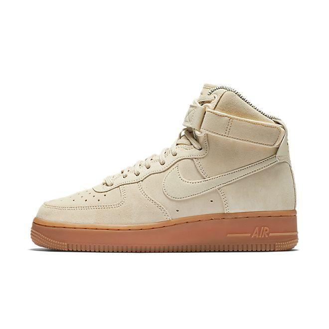 Nike Wmns Air Force 1 Hi SE - Muslin / Muslin - Gum Med Brown - Ivory zijaanzicht