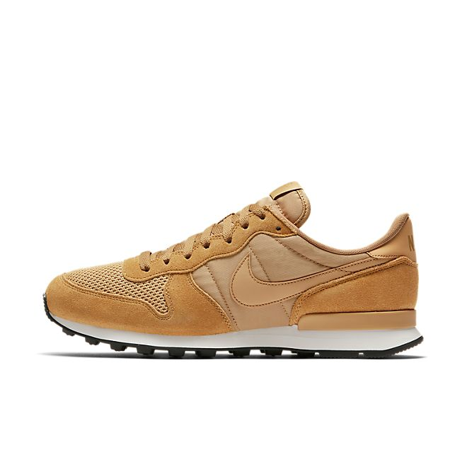 Nike Internationalist SE Elemental Gold Elemental Gold Sail Black | AJ2024 701