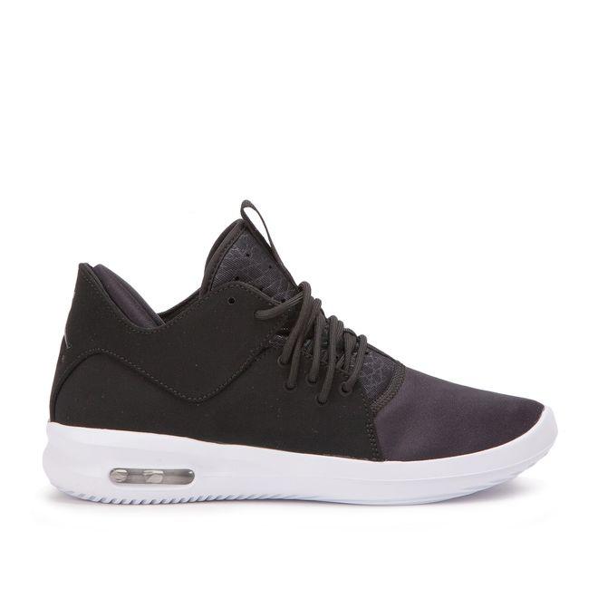 Nike Air Jordan First Class