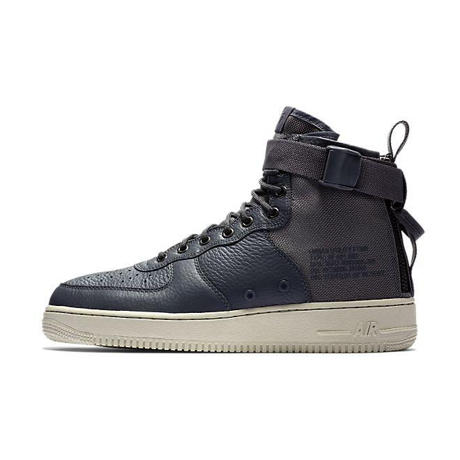 Nike Air Force 1 Mid SF