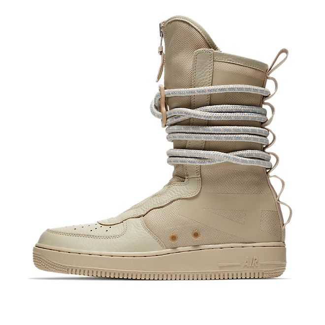 Nike Air Force 1 Hi SF zijaanzicht
