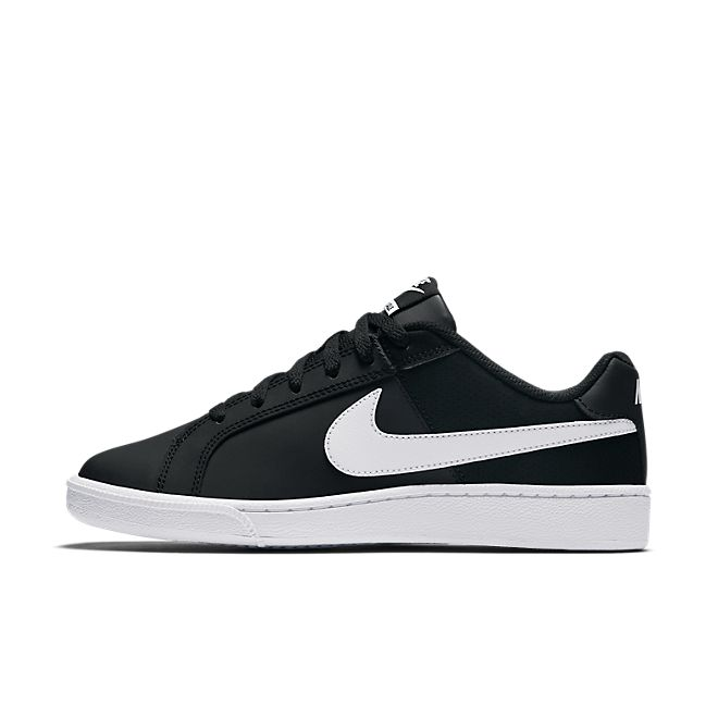 Nike Wmns Court Royale