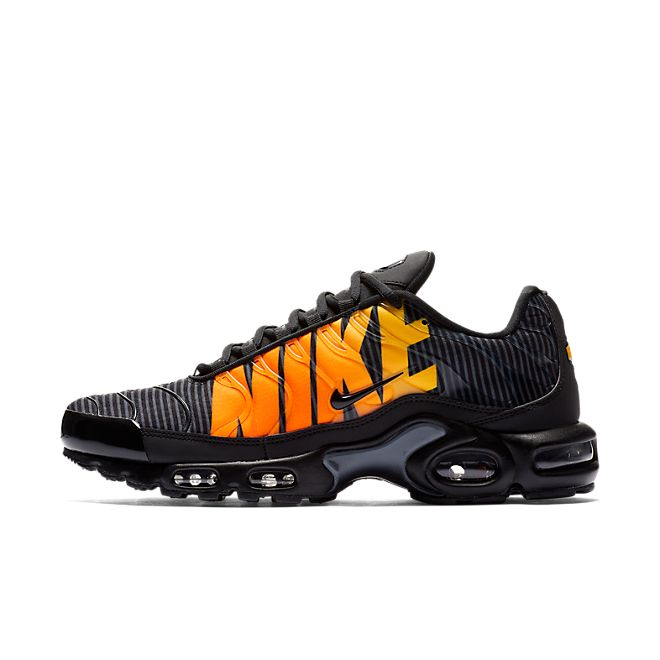 504b8d1b Nike Air Max Plus TN SE - Black Orange | AT0040-002
