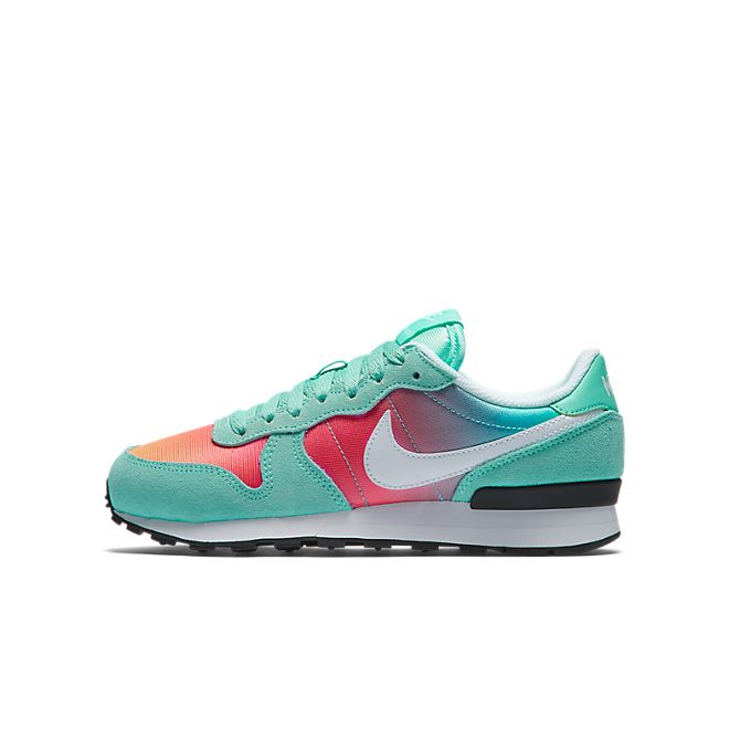 Nike Internationalist  (GS)
