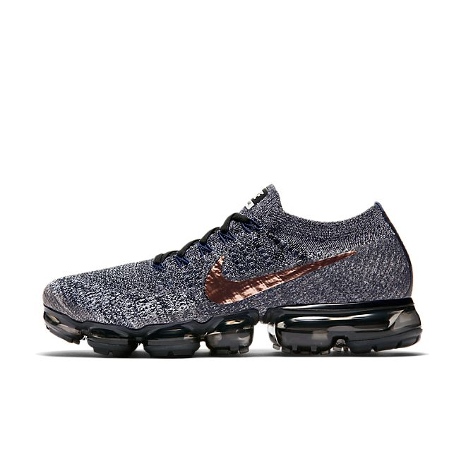 "Nike Air VaporMax ""Metallic Red Bronze"" zijaanzicht"