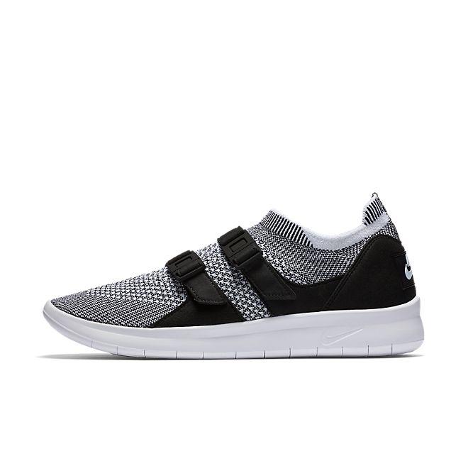Nike Wmns Air Sockracer Flyknit (Black / White - White)