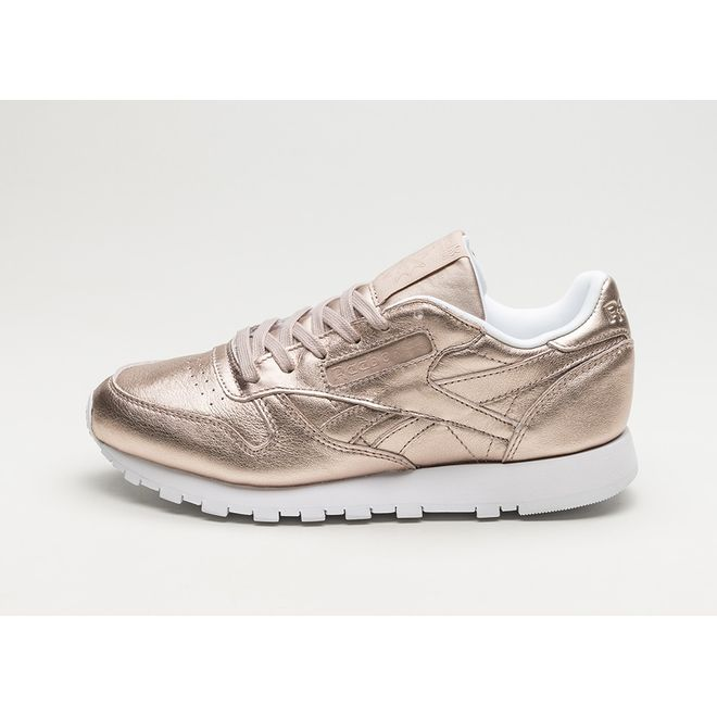 the best attitude bbac2 d07a1 Reebok Classic Leather Melted Metals (Pearl Metallic / Peach / White) |  BS7897