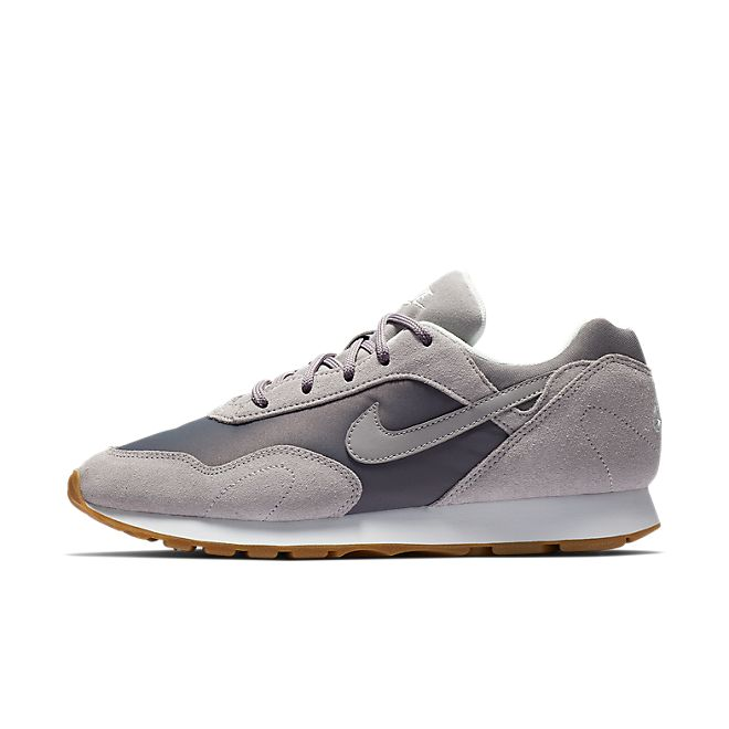 Nike Wmns Outburst (Gunsmoke / Atmosphere Grey - Summit White)