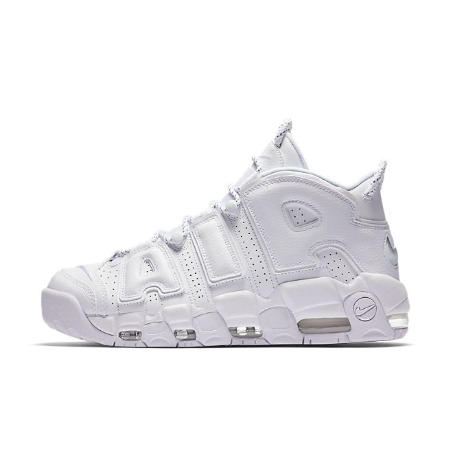 Nike Air More Uptempo 'Triple White' zijaanzicht