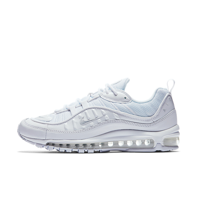 "Nike Air Max 98 ""Triple White"" zijaanzicht"