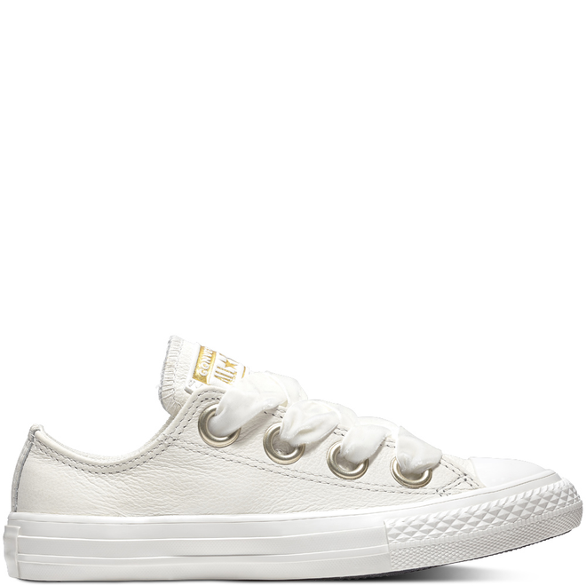 Chuck Taylor All Star Big Eyelets Low Top