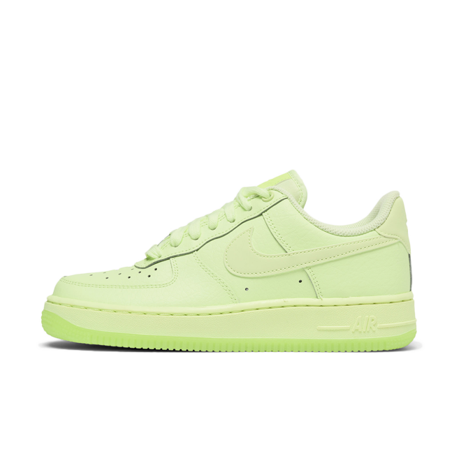 Nike WMNS Air Force 1 '07 Essential | AO2132-700