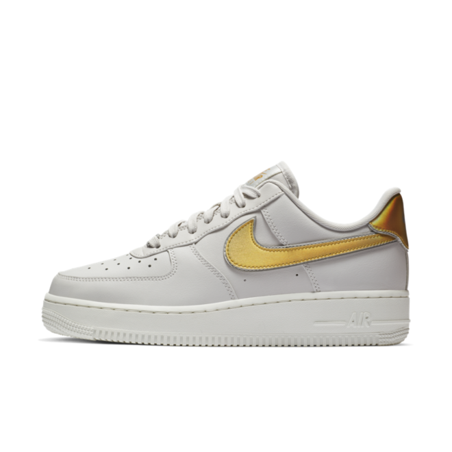 Nike WMNS Air Force 1 '07 Metallic 'White'