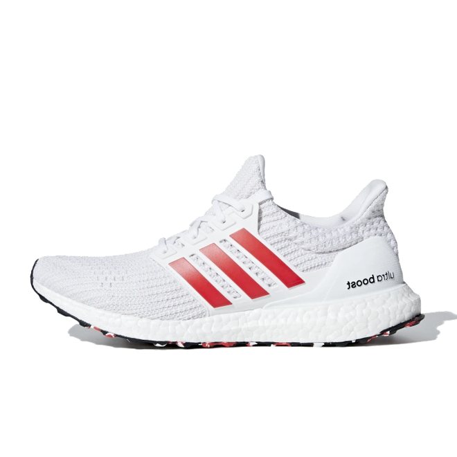 adidas Ultra Boost 'Laser Red' zijaanzicht