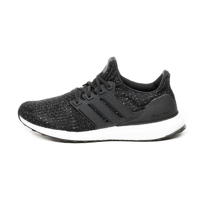 adidas Ultra Boost (Core Black / Core Black / Ftwr White)