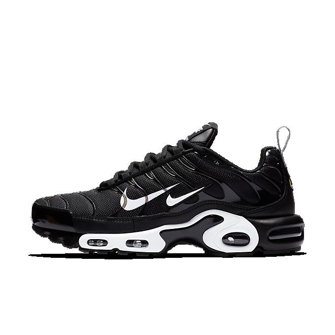 Nike Air Max Plus Premium Trainers 815994 004 | Black