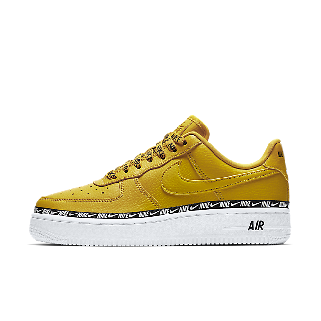 Nike Air Force 1'07 SE Premium Overbranded