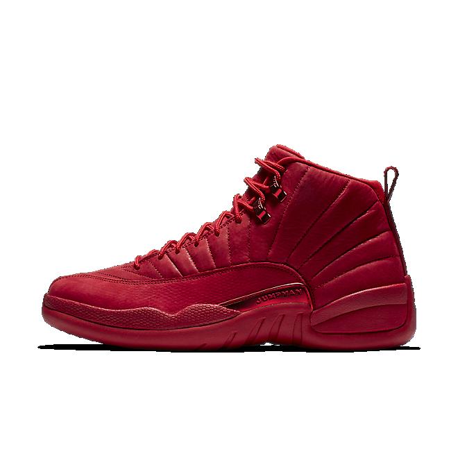 Nike Air Jordan 12 Retro 'Bulls' zijaanzicht