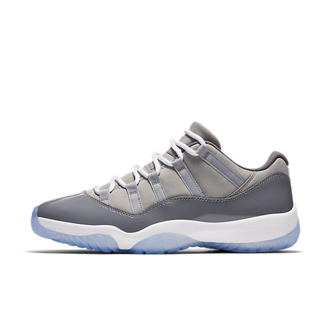 Air Jordan 11 Low 'Cool Grey' zijaanzicht