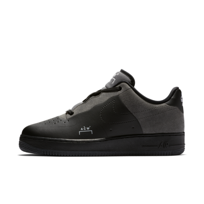 A-Cold-Wall X Nike Air Force 1 'Black' zijaanzicht
