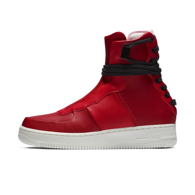 Nike Air Force 1 Rebel XX 'Gym Red' zijaanzicht