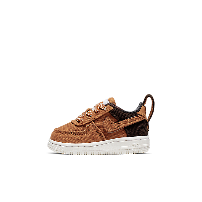 Nike Air Force 1 Premium WIP zijaanzicht