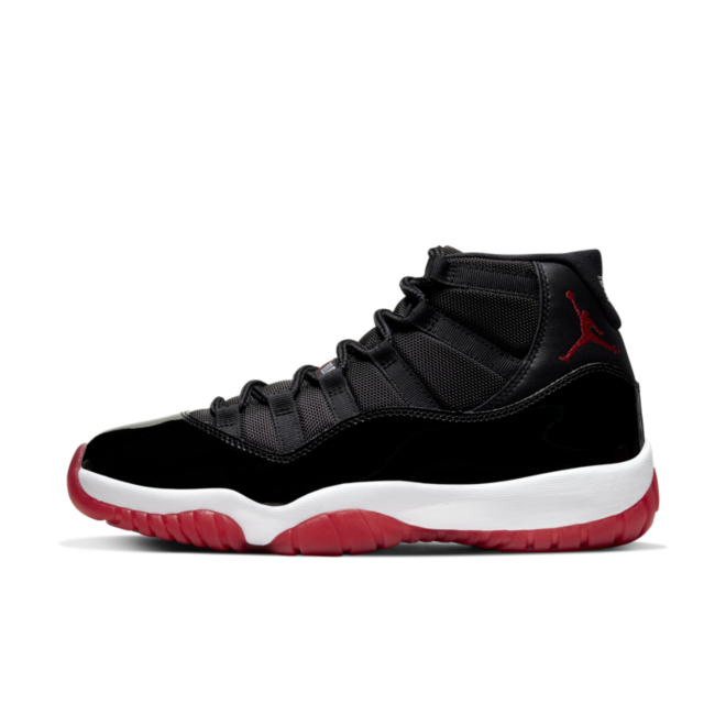 Air Jordan 11 'Bred' zijaanzicht