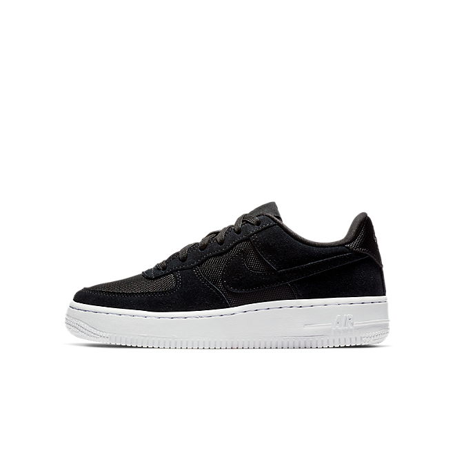 Nike Air Force 1-1  zijaanzicht